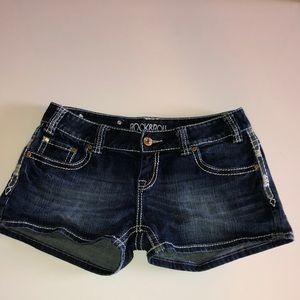 Rock&Roll mini jean shorts size 28 low rise